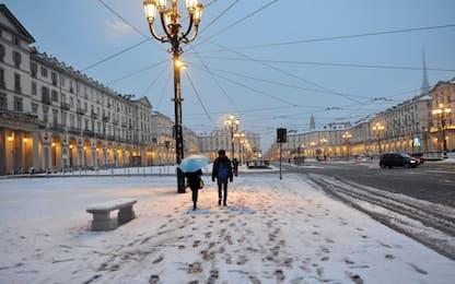 Maltempo: prima neve a Torino, scuole chiuse nel Cuneese