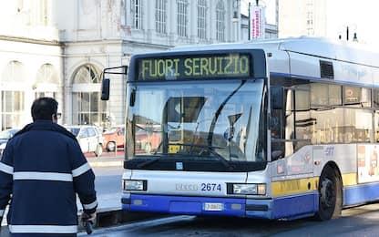 Torino, baby gang terrorizza passeggeri dell'autobus: un arrestato