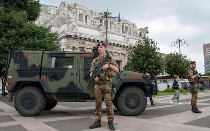 Milano, accoltellò militari in Stazione Centrale: ridotta la pena