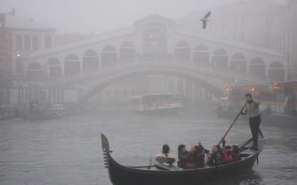 Smog, stop alle auto a Milano, Venezia e a Torino