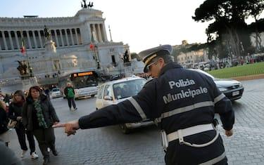 blocco_traffico_roma_ansa