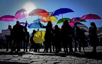 A Napoli gli ombrelli della legalità