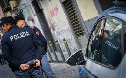 Napoli, sparatoria dopo lite per costo berretto: 3 arresti e un fermo