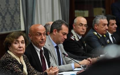 """Baby gang a Napoli, Minniti: """"una sorta di terrorismo urbano"""""""