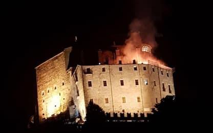 Torino, incendio nel convento della Sacra di San Michele