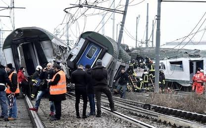 Pioltello, deraglia un treno. FOTO