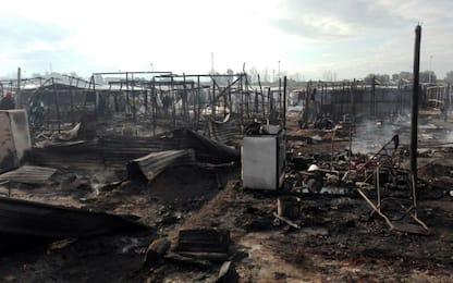 Gioia Tauro, incendio nella tendopoli di San Ferdinando: un morto