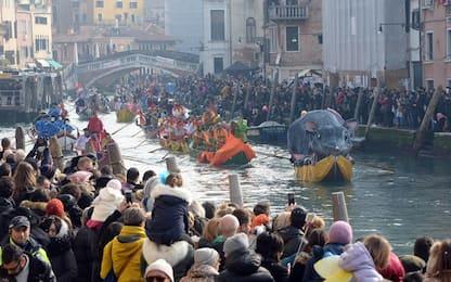 Carnevale 2018: la regata a Venezia