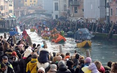 00_Regata_Carnevale_Venezia_Ansa