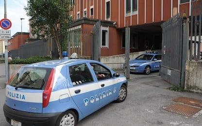 Messaggi hot a una studentessa, arrestato professore a Riccione