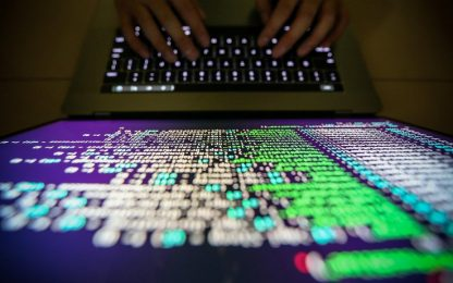 Usa incriminano spie russe per hackeraggi internazionali