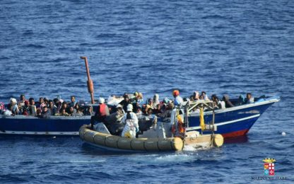 In Italia su gommoni veloci, a bordo anche jihadisti: 13 fermi
