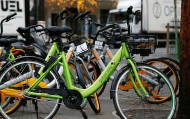 Getty_Images_-_Gobee_bike_sharing