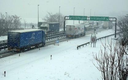 Maltempo, disagi per la circolazione. Lunedì previste altre nevicate