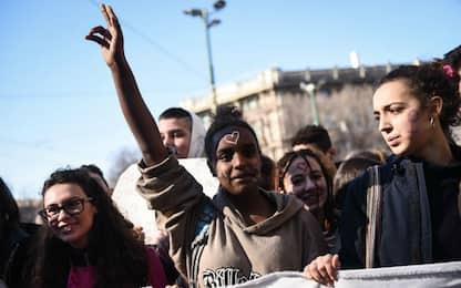 Milano, donne in piazza per l'8 marzo