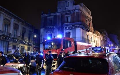 Esplosione a Catania, morti 2 pompieri e l'inquilino dell'appartamento