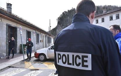 Migranti, blitz a Bardonecchia: inchiesta per abuso e violenza privata