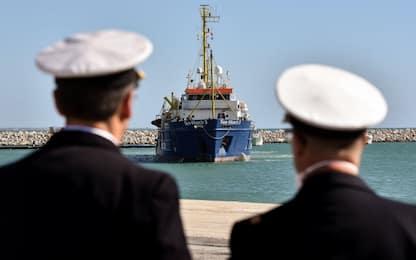Migranti, Sky Tg24 a bordo delle navi che operano nel Mediterraneo