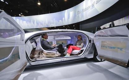 Auto senza pilota, al via la sperimentazione in Italia