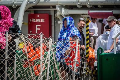 Migranti, oltre 10 mila arrivi in meno in Italia da luglio scorso