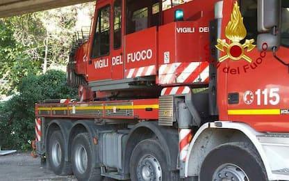 Incendio in un condominio a Torino: nessun ferito