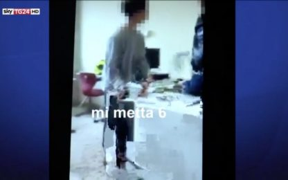 Bullismo, offese contro prof di Lucca: perquisiti i 6 indagati