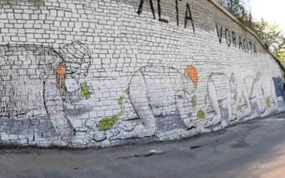 Torino, lo street artist Blu indagato per imbrattamento