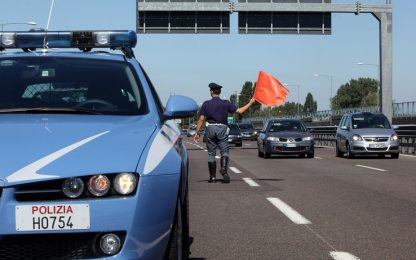 Messina, finge di sparare in autostrada A 20: denunciato dalla polizia
