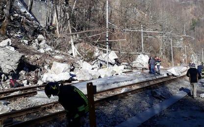Frana travolge auto in Piemonte: due morti
