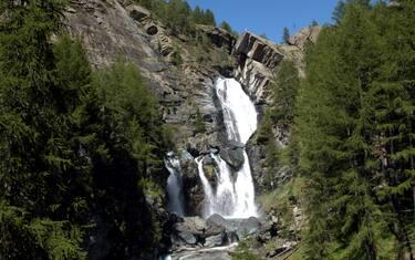 Fotogramma-Cogne-Montagna-cascata