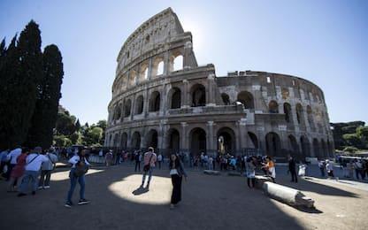 Roma, continuano i controlli anti-abusivismo commerciale: un arresto