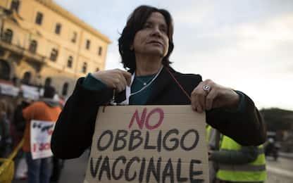"""Dai """"no vax"""" ai """"free vax"""", i movimenti che dicono no ai vaccini"""