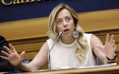Meloni propone modifica reato tortura, polemica su tweet cancellato