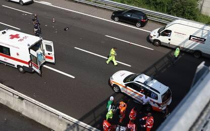 Incidente sulla A4 tra Rondissone e Santhià: un morto e sei feriti