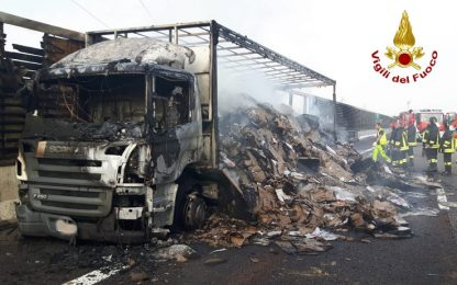 Incidente sulla A4, furgone e tir in fiamme: due morti a Grisignano