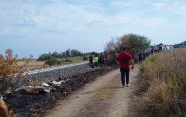 incidente_treno_calabria_ansa