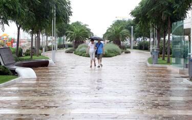 ferragosto__pioggia_ansa