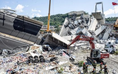 """Ponte di Genova, periti: """"Crollo per corrosione tirante pila 9"""""""