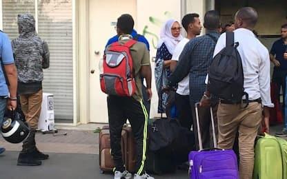Migranti, espulsi i responsabili della rivolta al Cpr di Torino