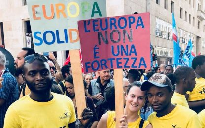 San Babila presidio contro Salvini FOTO