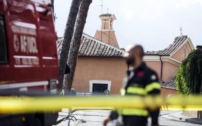 Castellanza, rimossa croce pericolante da campanile alto 82 metri