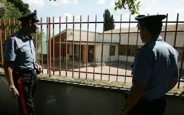 asilo_carabinieri_ansa