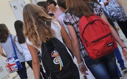 Scuola, task force ministero: fino alle medie didattica in presenza
