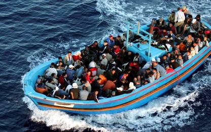 Migranti, lunedì al via il rimpatrio dei tunisini arrivati a Lampedusa