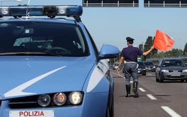 polizia-stradale-a14-ansa