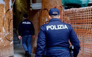 polizia_milano_ansa