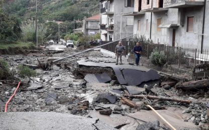 Maltempo al Sud, in Calabria morti una donna e suo figlio. DIRETTA