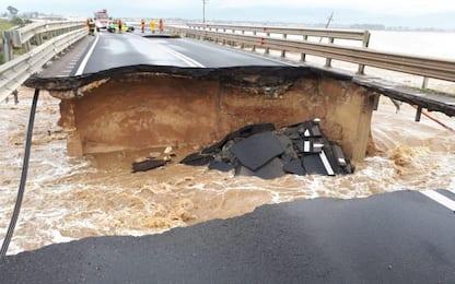 Maltempo Sardegna, crollano due ponti