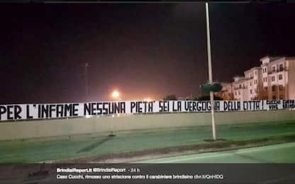 """Cucchi, a Brindisi striscione contro il carabiniere Tedesco: """"Infame"""""""