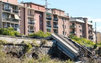 Crollo ponte Morandi, sindaco Bucci: tirarlo giù prima di Natale
